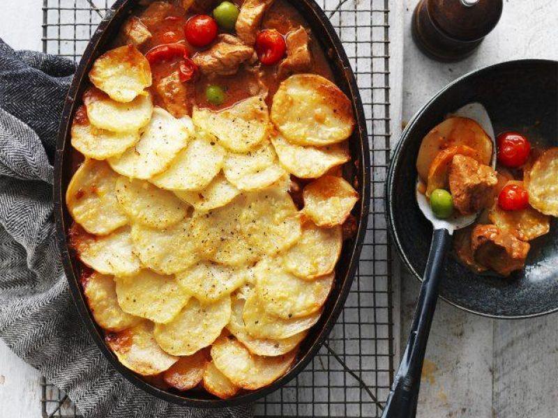 Pork, Tomato & Chilli Potato Bake