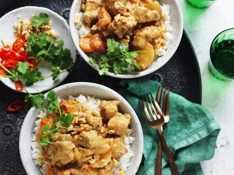 Slow Cooker Pork Massaman Curry